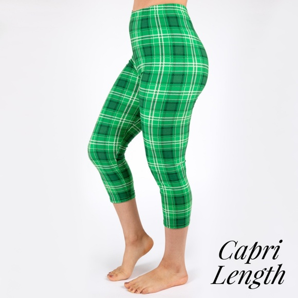 17b78a123e422f Pants | St Pattys Plaid Capri Leggings | Poshmark